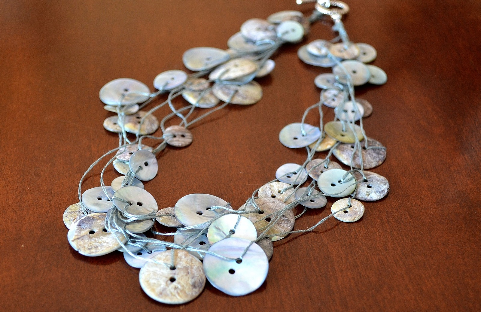 Fashion Trends Button Necklace